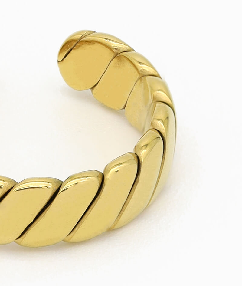 Verdrehter ring gold vintage band croissant geschenkidee freundin frau vilou schmuck