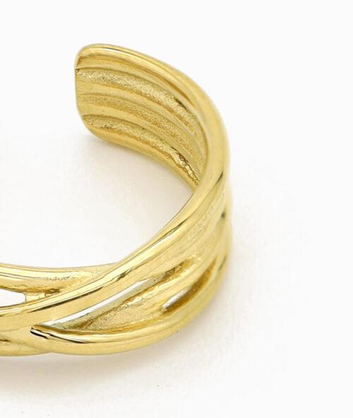 verdrehter ring in gold unordentlich band ring vilou geschenkidee freundin schmuck